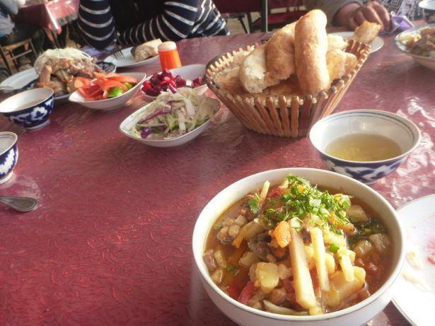 Dinner in Guzor - Lagman in soup