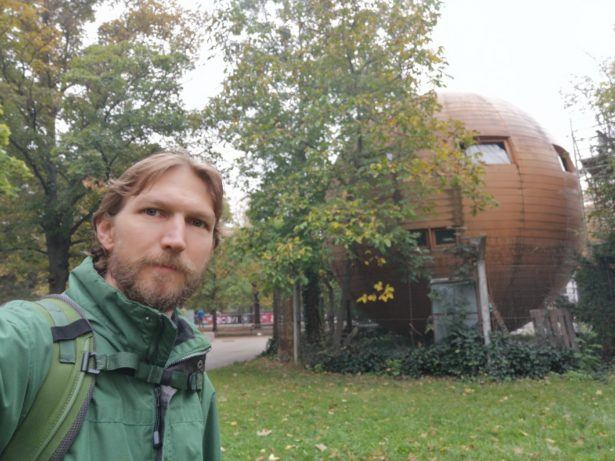 Backpacking in Kugel Mugel: A Spherical House Republic in Vienna, Austria