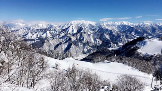 World Travellers: Jamie from Gaijin Crew in Japan Ski-ing
