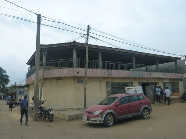 Diana Hotel in theAkodésséwa district.