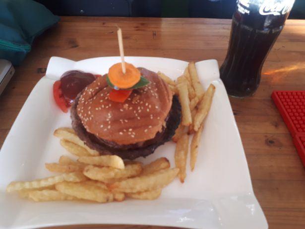 Burger, Mount Zion Hotel